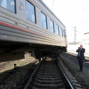 В понедельник, 3 марта, в 18.51 на участке Лермонтовский - Бештау Северо-Кавказской железной дороги произошел сход одной тележки одного вагона электропоезда Кисловодск - Минводы