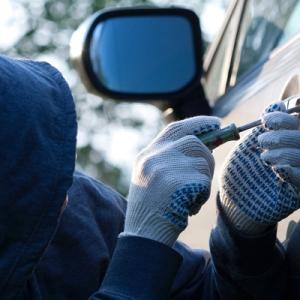 Согласно рейтингу угонов автомобилей по стране, составленному ОАО «Альфастрахование», Ставрополь занял 6 место из 15 и стал самым опасным для автовладельцев юга