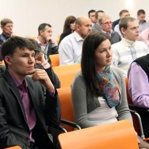 Более полутора миллионов рублей готова потратить Ростовская область на учебные пособия для муниципальных служащих. Книги должны научить органы местного самоуправления рационально распоряжаться деньгами и развивать спорт