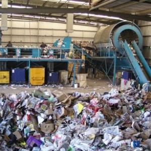 До 1 июня главы городов и районов Ростовской области должны определиться, где строить мусороперерабатывающие заводы