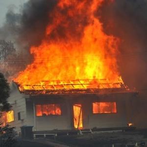 Пожар произошёл в селе Константиновском Петровского района Ставропольского края