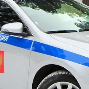 В Ессентуках (Ставропольский край) полицейские на служебном автомобиле сбили пешехода, перебегавшего дорогу