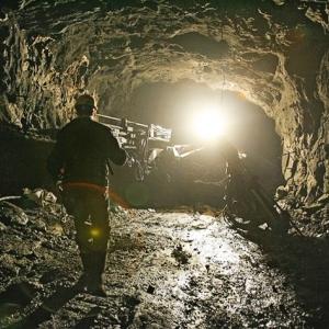 На шахте «Алмазная» в хуторе Гуково Красносулинского района Ростовской области на производстве погиб горнорабочий.