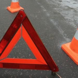 Вечером 9 июля под Волгодонском (Ростовская область) произошло ДТП. В результате столкновения двух легковых автомобилей водитель «девятки» скончался на месте происшествия
