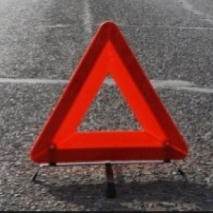 На трассе под Новочеркасском иномарка сбила пешехода, личность погибшего устанавливается