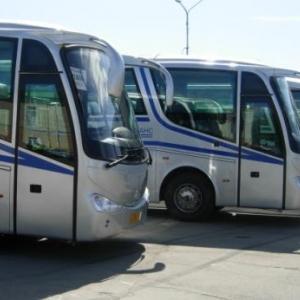 Министр культуры региона Александр Резванов вручил ключи от десяти новеньких автобусов работникам ростовских музеев.