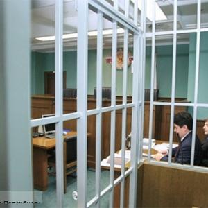 Длительный тюремный срок получил каждый из трех парней, которые девушку сначала изнасиловали, а потом зарезали.