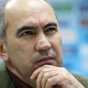 Руководство ФК «Ростов» опубликовало официальное обращение к своим болельщикам, содержащее новогоднее поздравление.
