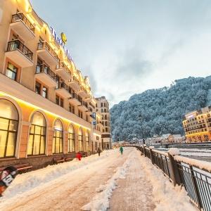 """Гости горнолыжного курорта """"Роза Хутор"""", который традиционно пользуется популярностью у ростовчан, смогут получить бесплатные билеты на подъемники"""