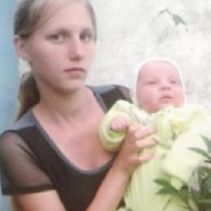 Сбежавшую из дома несовершеннолетнюю маму с младенцем нашли в Шолоховском районе.