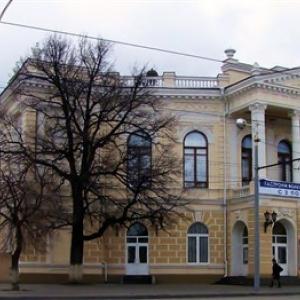 Ростовский молодежный театр приглашает всех желающих на первое в этом сезоне Заседание Театрального клуба, которое состоится 12 декабря в 19-00 на малой сцене