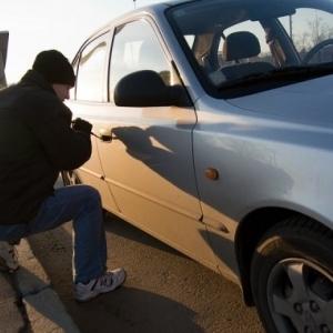 Правоохранители Ростовской области завели уголовное дело – в угоне авто подозреваются подростки.