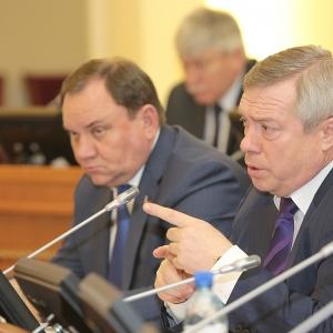 Не допустить массовых митингов в Ростовской области призвал донской губернатор Василий Голубев. Угрозу демократии он увидел в стремительном росте цен