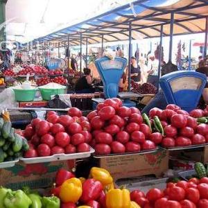 Кампания по переселению сельскохозяйственных рынков в капитальные строения начнётся только 1 января 2016 года