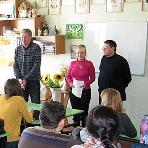 Преподавателей и студентов Луганского национального университета взрывы от учебы не отвлекают