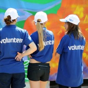 С 6 по 13 февраля в Сочи пройдет слет олимпийских волонтеров, приуроченный к празднованию годовщины со дня открытия XXII Олимпийских зимних игр и дня зимних видов спорта