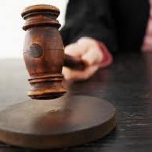 Адвокат осужден за попытку мошенничества на 600 тысяч рублей.