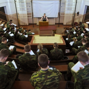 Регион может стать лучшим в России по подготовке выпускников школ к армии.
