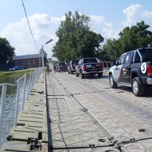 Понтонный мост в станицу Елизаветинская