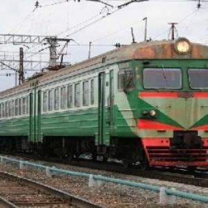 Сегодня в Ростовской области возоблено движение пригородного поезда «Морозовск-Лихая», при этом «РЖД» планирует продавать билеты на маршрут без ограничения количества мест
