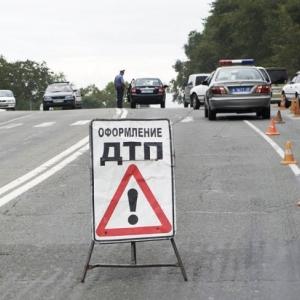 ДТП в Ростовской области: машина слетела в кювет; 1 погибший, 1 раненый