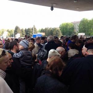 В 6:00 в ростовском аэропорту была опять объявлена эвакуация.