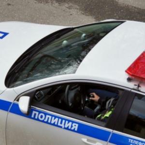 В Азове ночью случилось серьезное дорожно-транспортное происшествие.