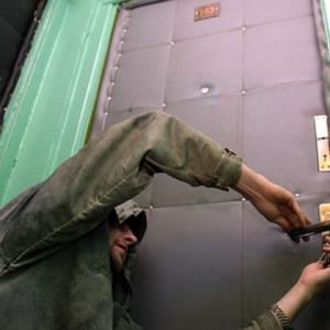В Советском районе Ростова-на-Дону удалось поймать мужчину, который подозревается в квартирной краже.