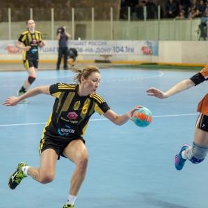 В игровом сезоне этого года ростовские гандболистки сумели завоевать Кубок России и стать чемпионками страны.