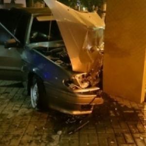 Жуткая авария произошла минувшей ночью в Ростове-на-Дону.
