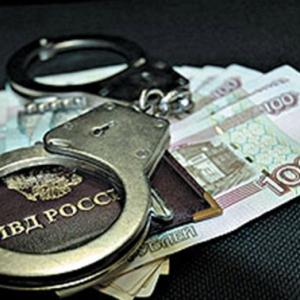В Морозовске подозреваемый в сексуальном преступлении за взятку в 10 тысяч рублей хотел избежать наказания.