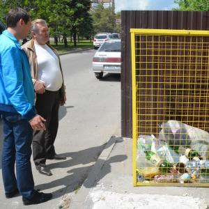 Жители Ростова-на-Дону положительно отреагировали на первый опыт раздельного сбора мусора, сообщил замглавы администрации города Владимир Арцыбашев