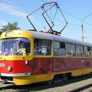 Во вторник, 19 мая, ростовчанка попала под колёса трамвая. По некоторым данным, она могла сделать это намеренно