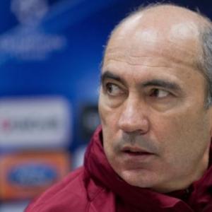 Футбольный клуб «Ростов» вскоре может лишиться своего главного тренера Курбана Бердыева.