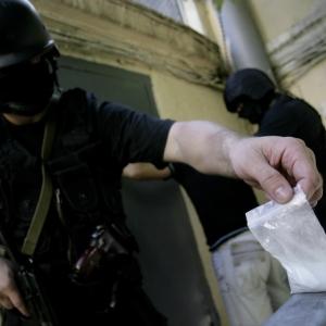 Примерно килограмм синтетического наркотика был изъят донскими наркополицейскими у жительницы Новочеркасска.