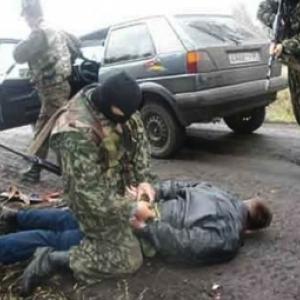 В Ростовской области на КПП через границу России и Украины произошел инцидент, который заставил пограничников открыть огонь.