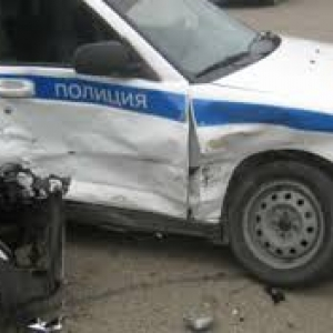 В Ростовской области попытка задержания обернулась дорожно-транспортным происшествием.