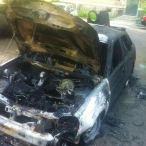 Сегодня ночью в Волгодонске были сожжены дотла два автомобиля «Лада Приора»