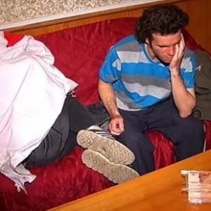 Семья приехала в Москву из Ростова-на-Дону и попыталась продать малыша.