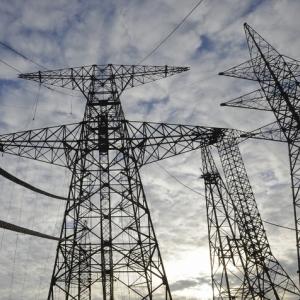 С 6 по 27 июля в Железнодорожном районе Ростова-на-Дону отключат электричество, сообщает пресс-служба городской администрации.