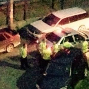 В Ростове-на-Дону задержали пьяного водителя, который едва не покалечил полицейского и протаранил два автомобиля