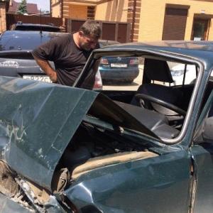 Пьяный водитель стал виновником ДТП с участием пяти машин в Ростове-на-Дону