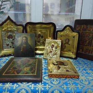 В Ростовской области полицейские раскрыли чудовищное преступление: в Азовском районе были убиты пожилые супруги. Как оказалось, ради старинных икон