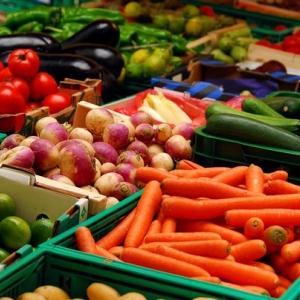 Плодоовощная продукция в Ростовской области значительно подорожала: в декабре 2014 года она стоила на треть дешевле, чем в июне 2015.