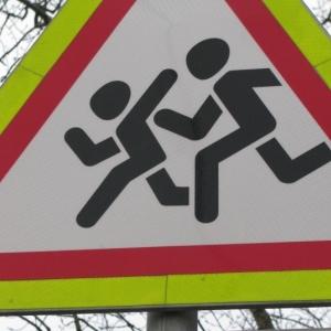 Общероссийский народный фронт продолжает требовать, чтобы муниципалитеты сделали путь в школу безопасной