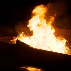 Сегодня ночью при пожаре в нежилом строении погиб человек, сообщила пресс-служба ГУ МЧС России по Ростовской области