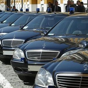 У правительства Ростовской области отобрали 30 автомобилей