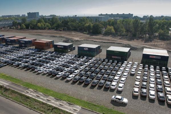 """Продажи новых легковых автомобилей на Дону сократились на 15%, сообщает агентство """"Автостат"""". За 9 месяцев этого года объем продаж новых легковых автомобилей в Ростовской области составил 41,9 тыс. штук"""