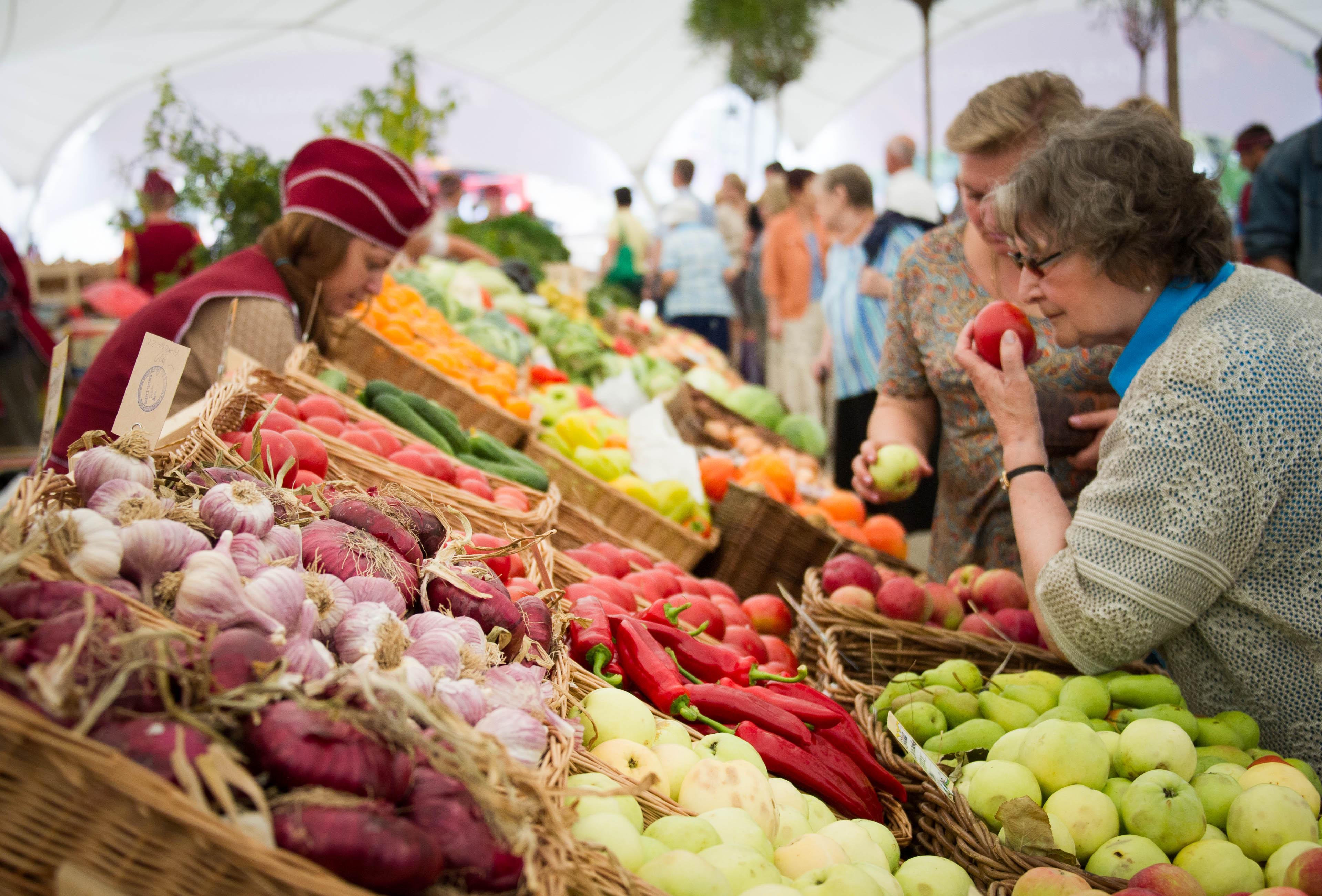 Картинки по запросу овощи на прилавке