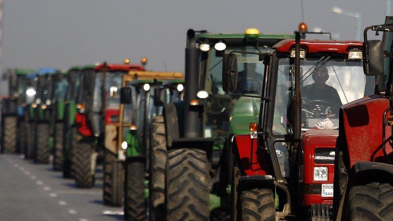 Картинки по запросу фермеры Юга России готовят тракторный марш картинки